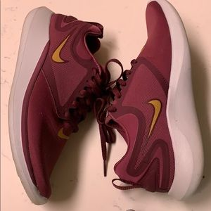 Nike Lunarsolo running shoe